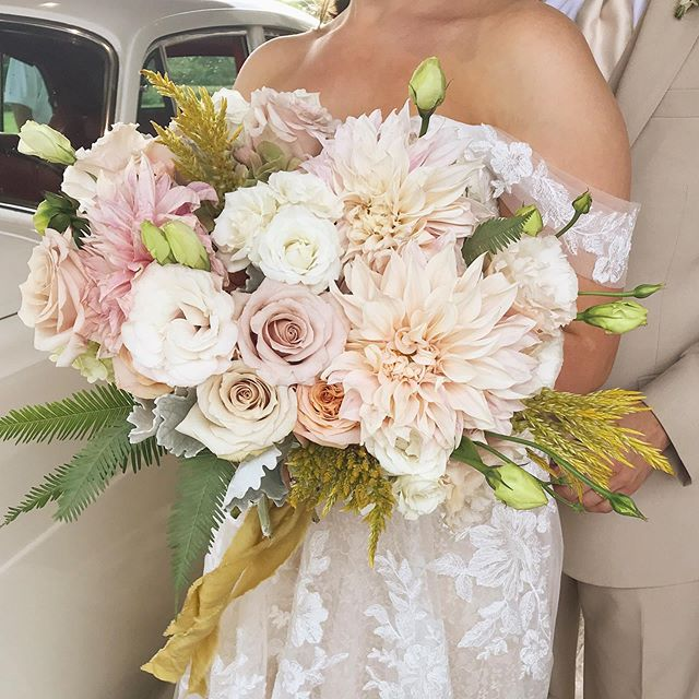 honestly deserve an award just for keeping these dahlias alive in this mississippi heat / check out my stories for more from this summer + peach inspired styled shoot!