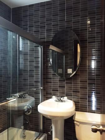 efefd9397bdc42a3bf8bf7fc3553b6fd_518 Bathroom.jpg