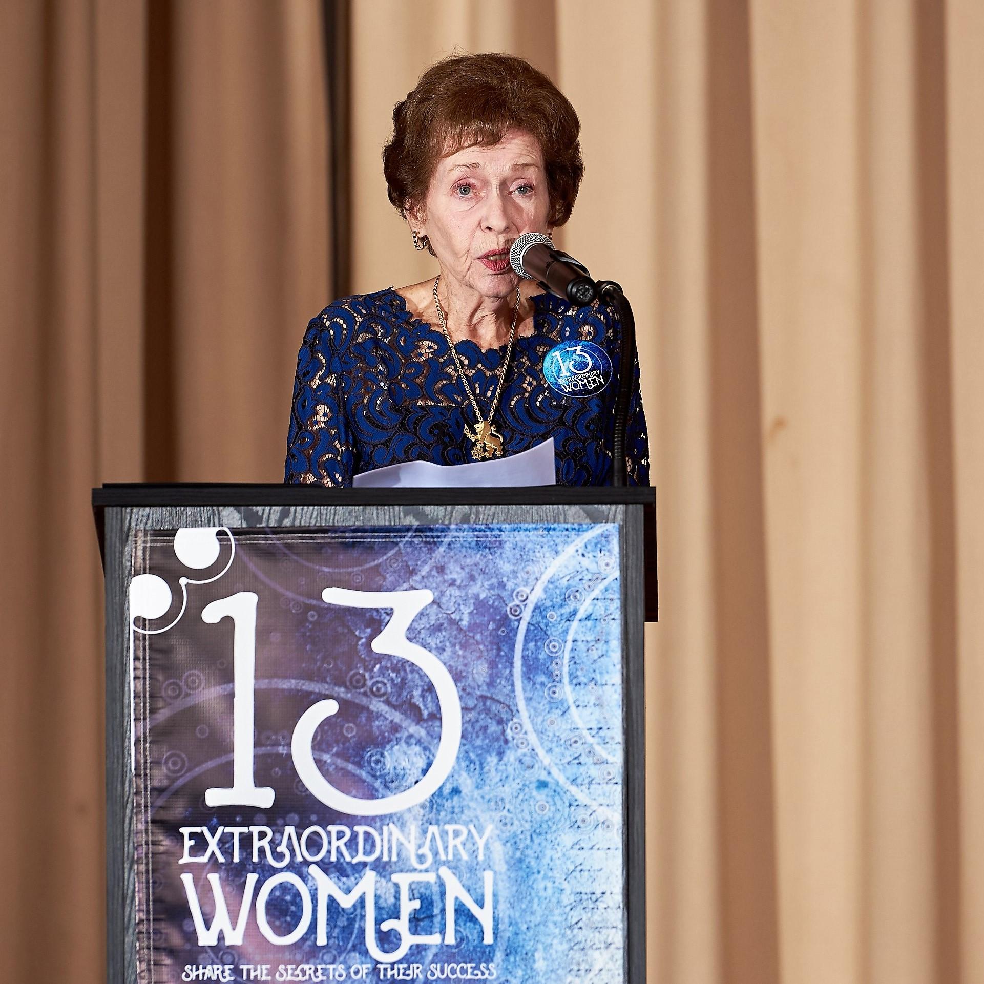 Terri Union accepts the Eileen Schwartz Award at 13 Extraordinary Women