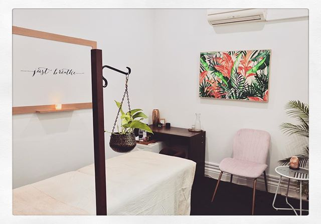 As winter fast approaches, stress sets in.  Take a moment and #JustBreathe.  Did you know that we have a full-service #Clinic for #beauty #health and #wellbeing upstairs?  We have it all: #Facials #Naturopathy #ChineseMedicine #Nutritionist #Kinesiology #Acupuncture #Psychotherapy #Shiatsu #Massage and more. Feel free to visit us in store to find out more.  Photo credit 📸: @luxecommunications