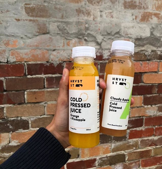 Goodness in a bottle, come in and grab a @hrvst_st pressed juice!! If you're ever thirsty and in need of a healthy, refreshing beverage... All flavours and sizes of these cold-pressed juices are stocked at Glo Health!  #elsternwickvillage #elsternwick #healthydrinks #refreshment #hrvststreet #additiontoanymeal #yummy #healthyjuice #flavouredjuices #choosehealthy #cold #fresh #coldpressedjuice