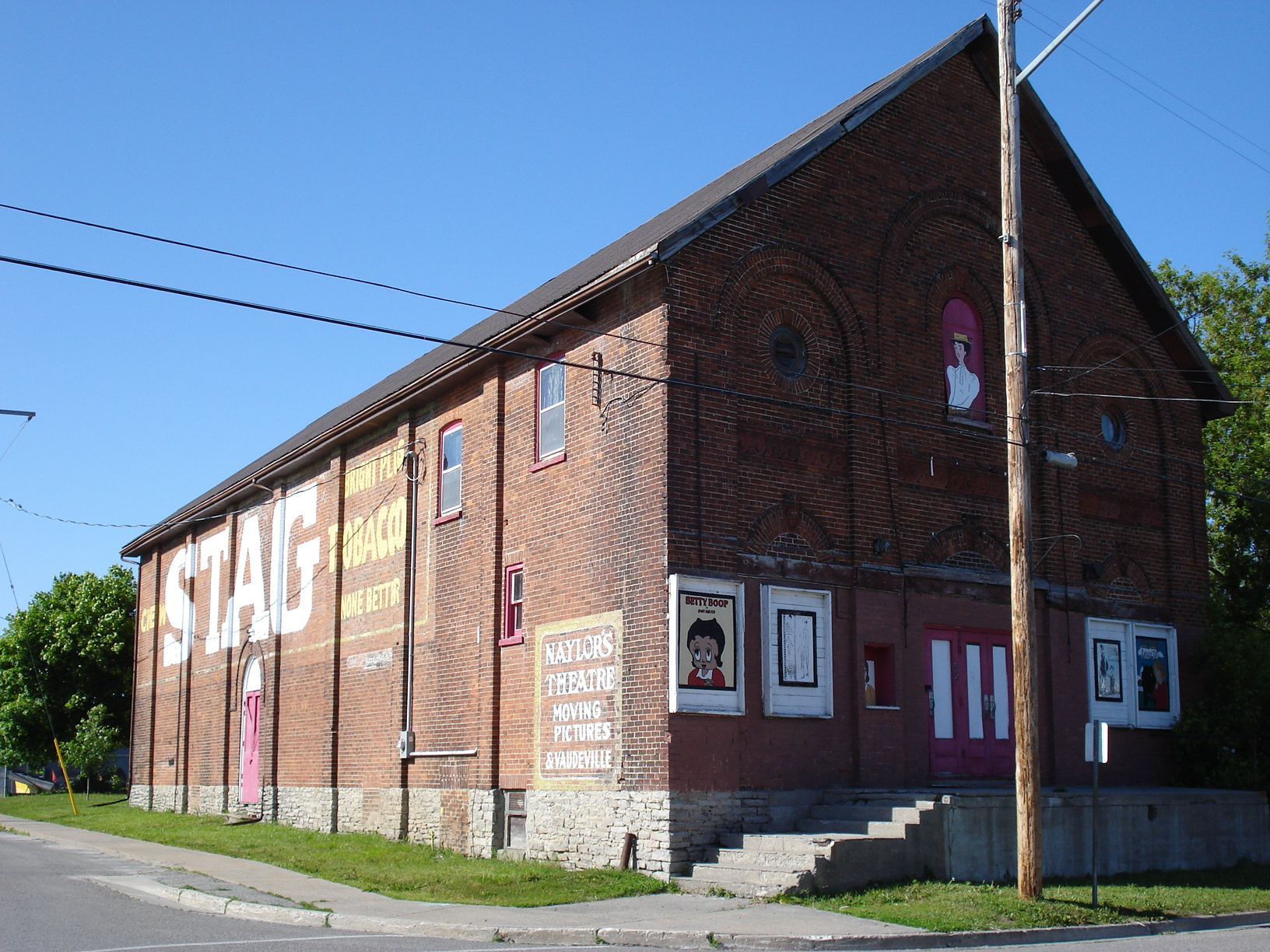 Naylor Theatre-08 (1)