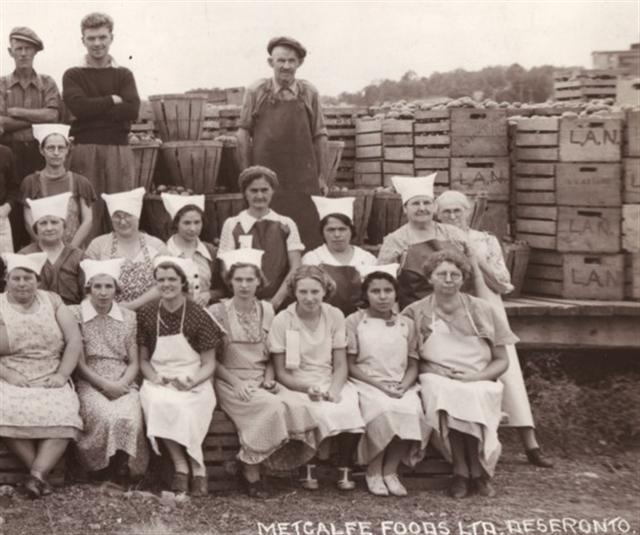 Employees of Metcalfe Foods, 1938