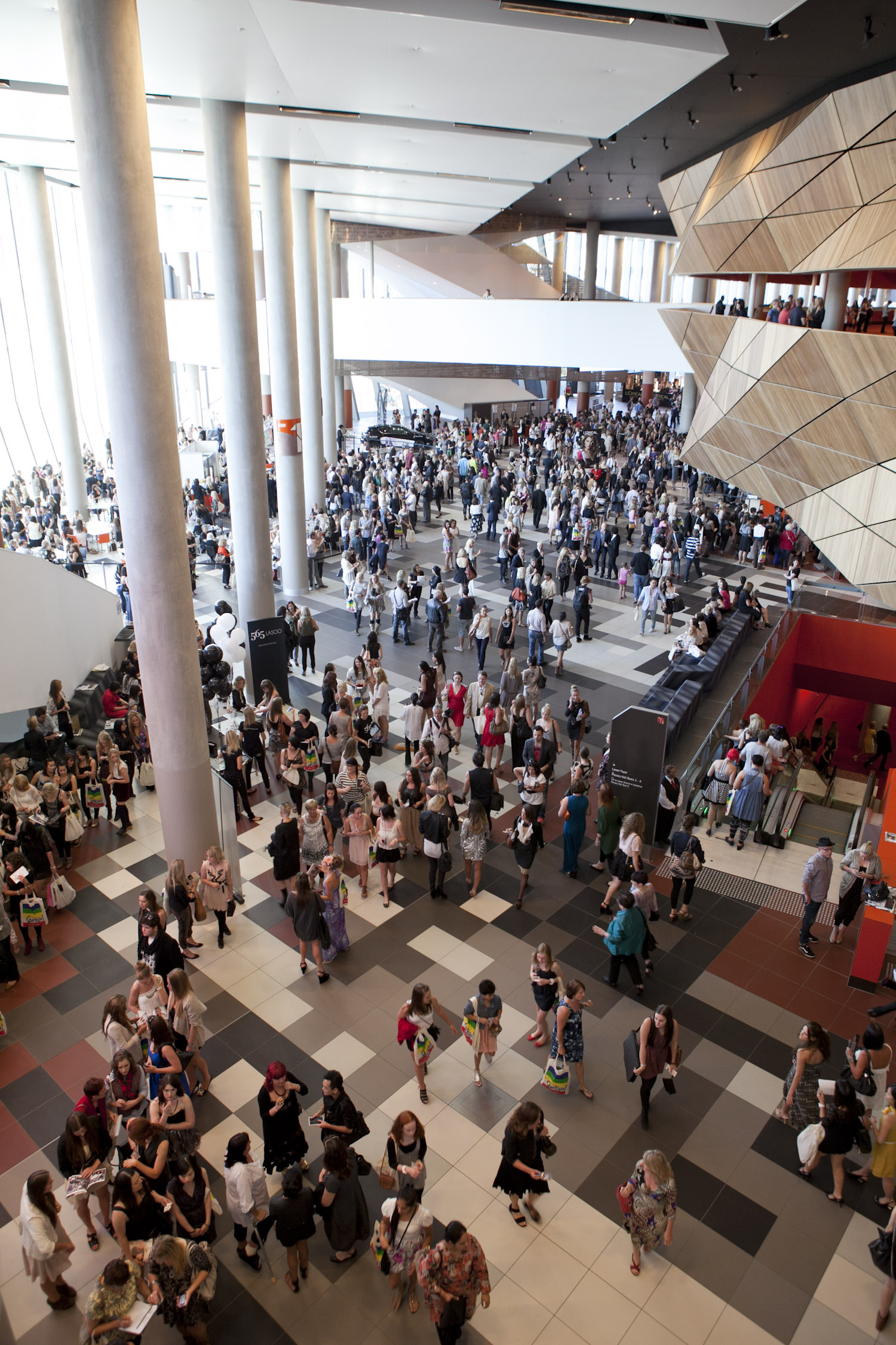 convention%20centre%20foyer%20-%20MCEC.jpg