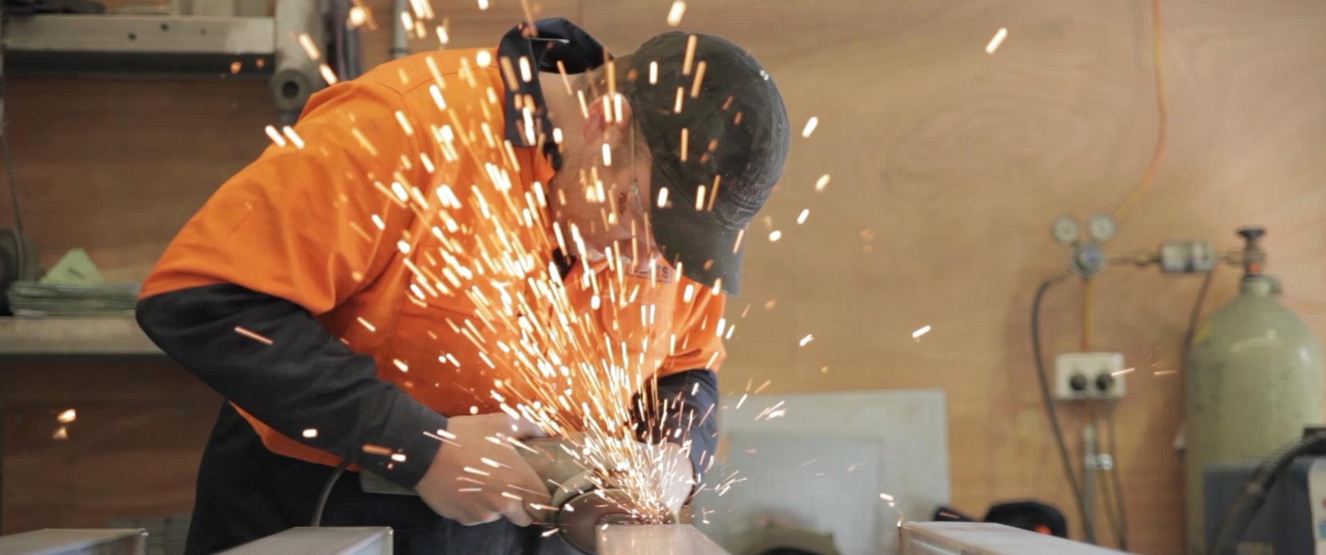 grinding-steel-1.jpg