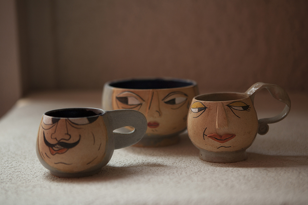 Mummy & Her Cups