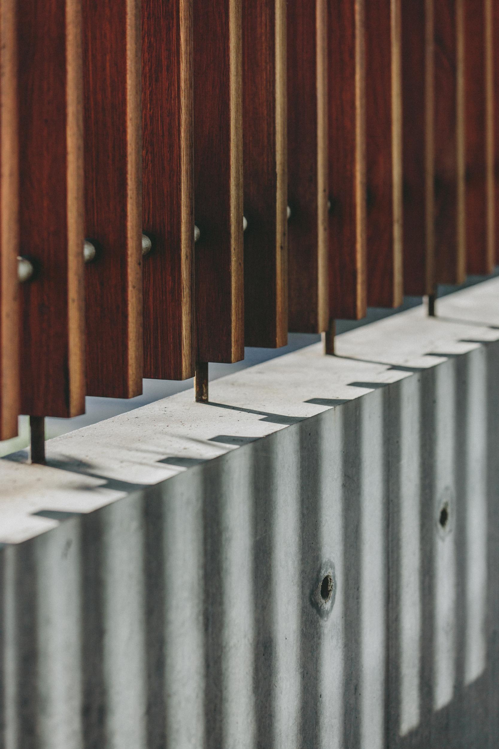 Takt Breakers timber screen