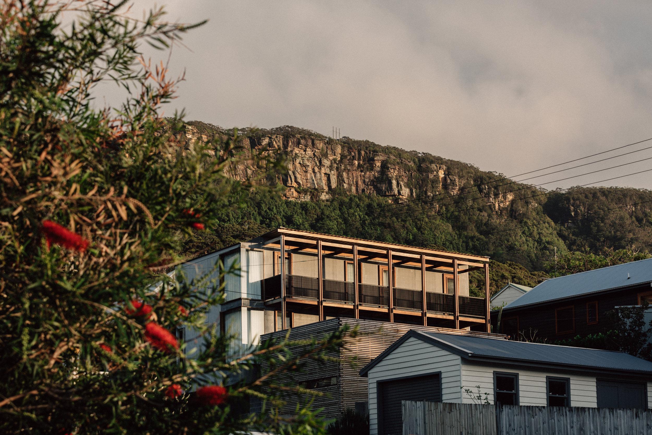 Takt Coledale Young Blade House escarpment.jpg