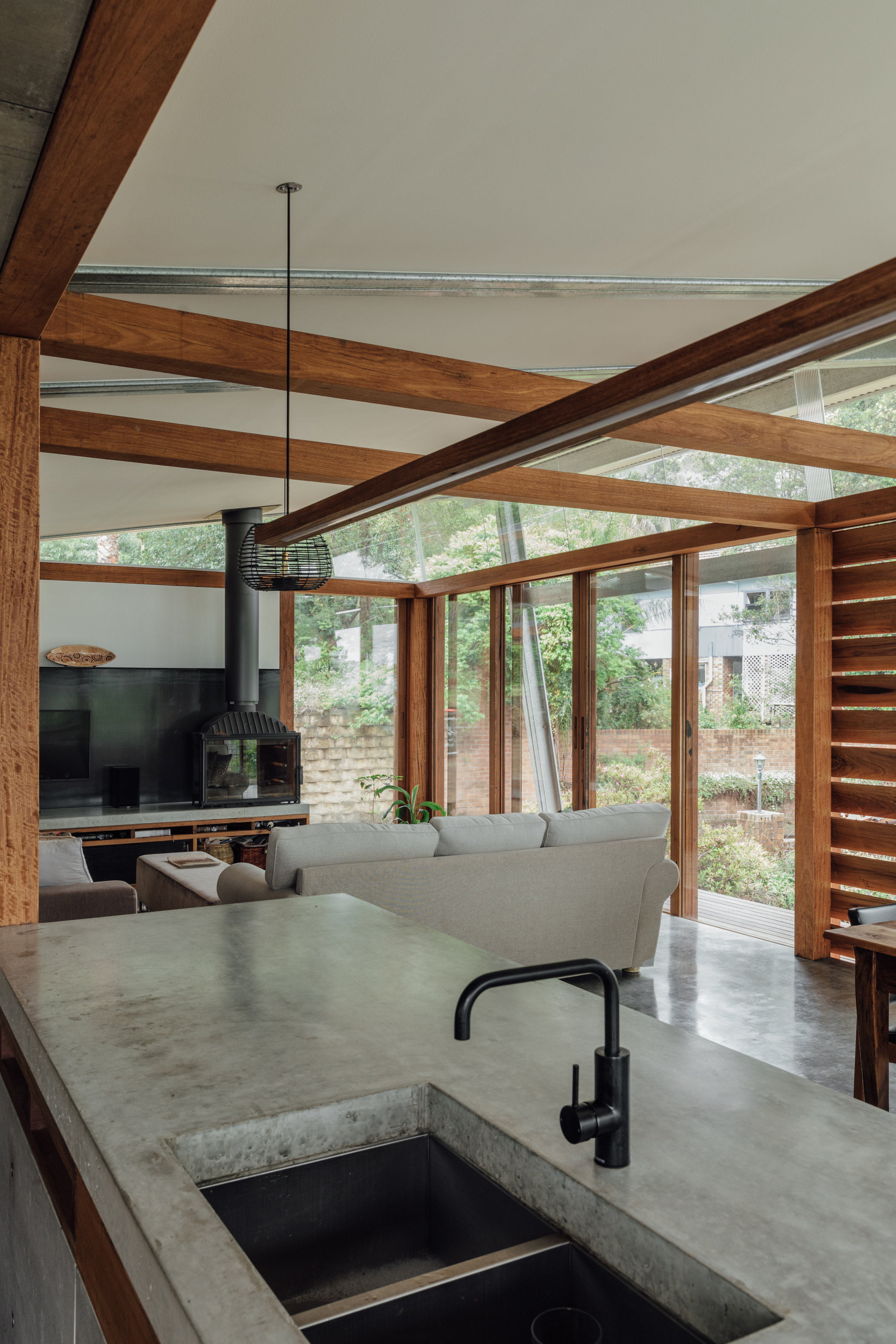 Takt exoskeleton house concrete benchtop.jpg