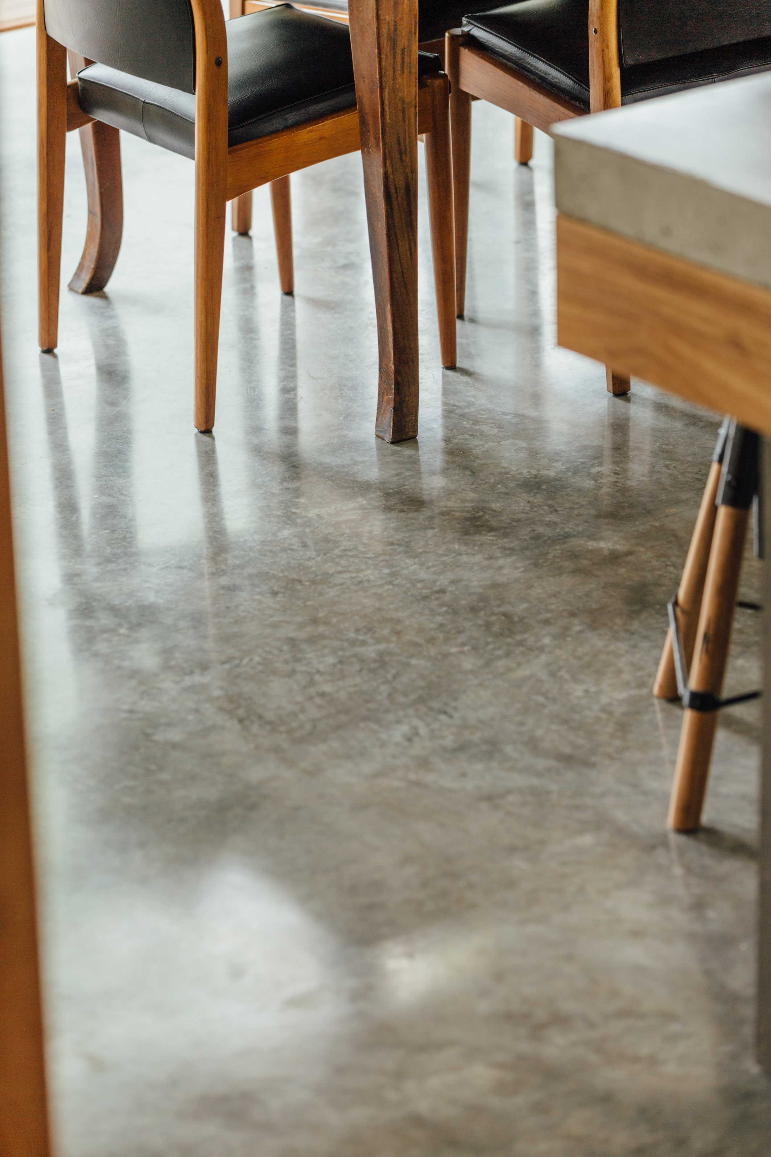 Takt exoskeleton house concrete floor