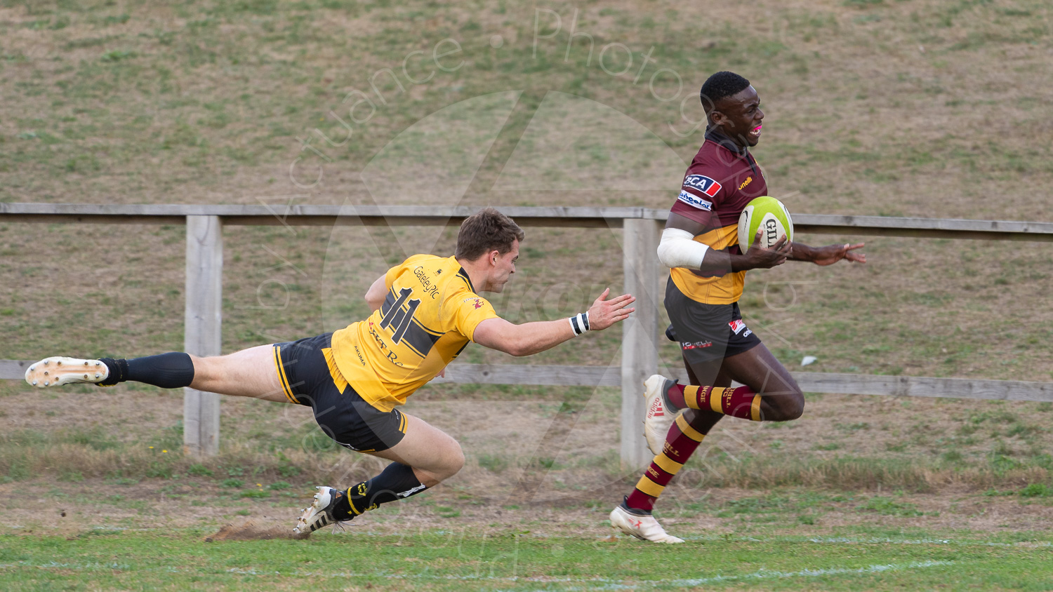 Spencer Sutherland outpacing the opposition comfortably (Photo: Iain Frankish, Actuance Photography)