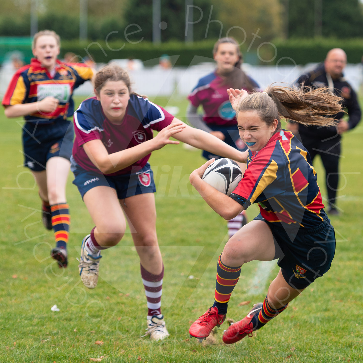 U15 girls showing that nothing is held back (Photo: Iain Frankish, Actuance Photography)