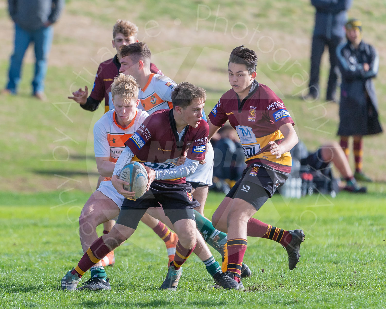 Offloading on the attack (Photo: Iain Frankish, Actuance Photography)