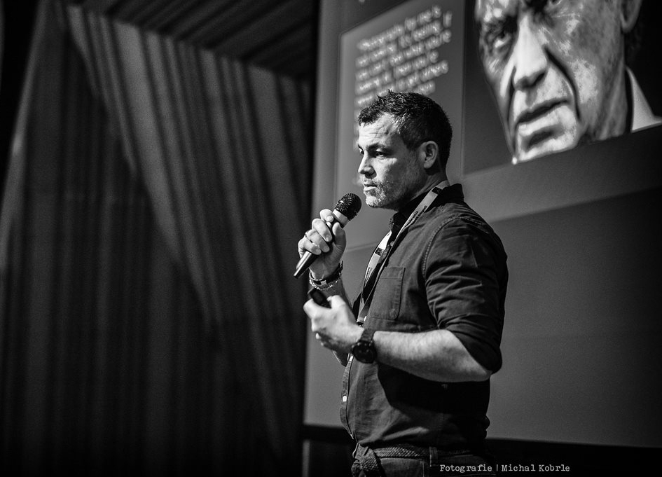 Kevin speaking at an international conference for Wedding Photographers, Czech Republic, March 2018