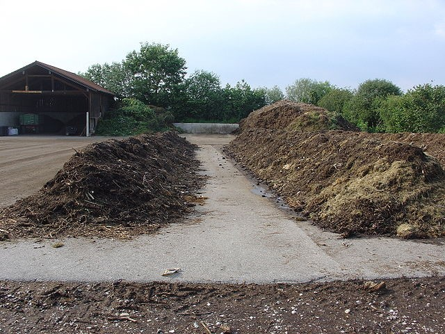 Figure 4 A compost site in Germany (Wikimedia commons )