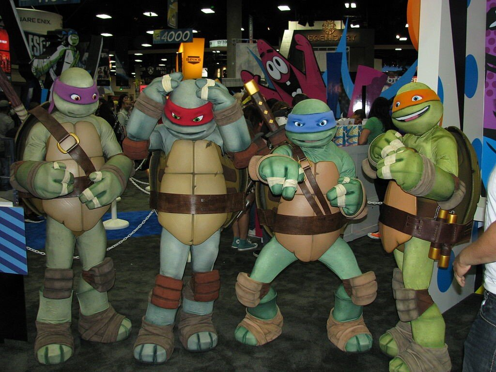 The Ninja Turtles: William Tung from USA [CC BY-SA 2.0 (https://creativecommons.org/licenses/by-sa/2.0)].