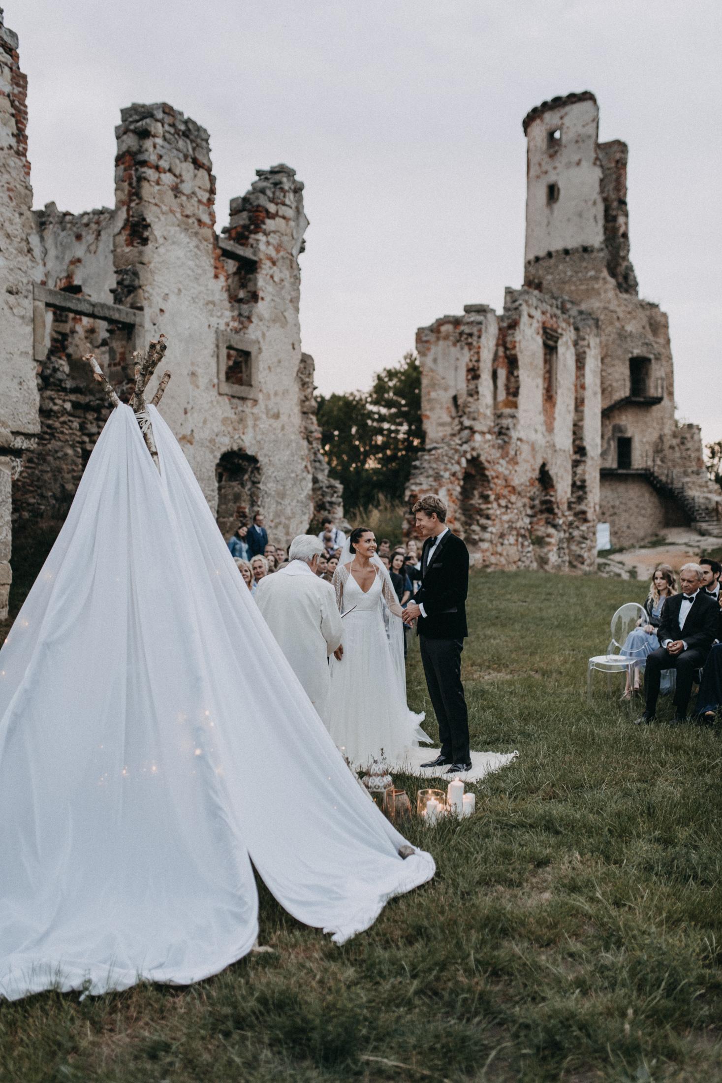 castle ruins wedding evening ceremony