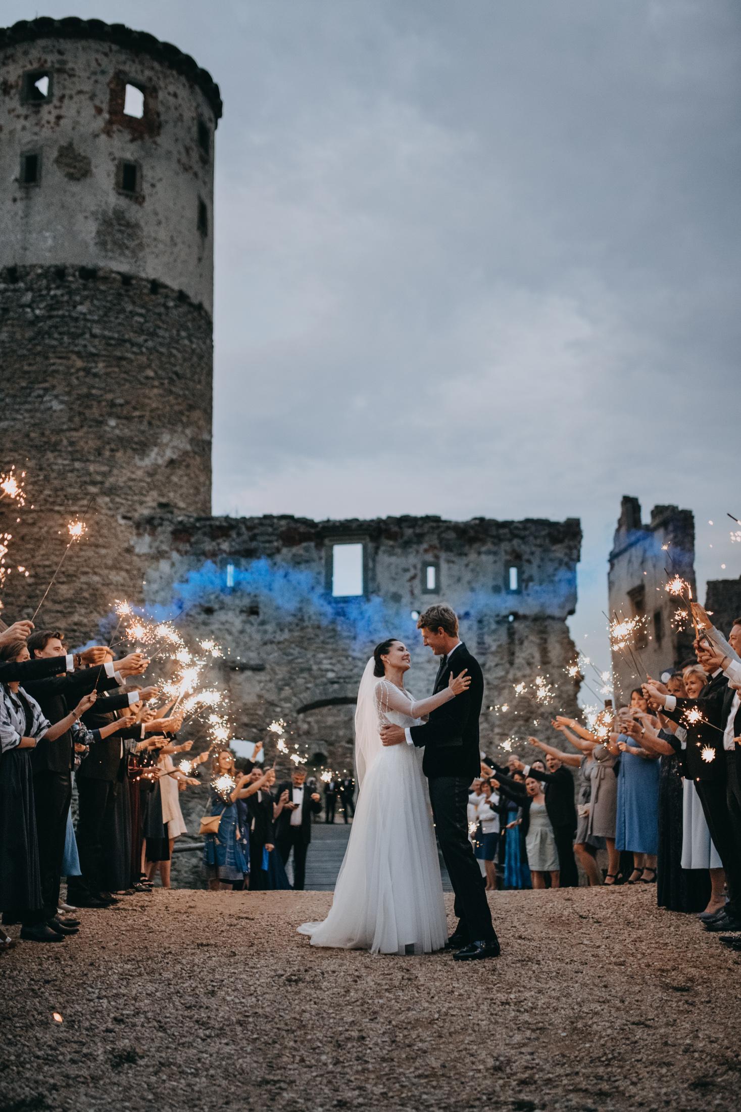 evening castle ruins wedding ceremony sparkles