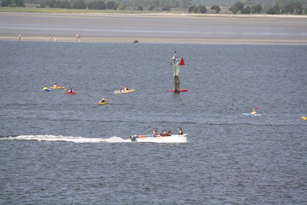 boats&kayaks1.JPG