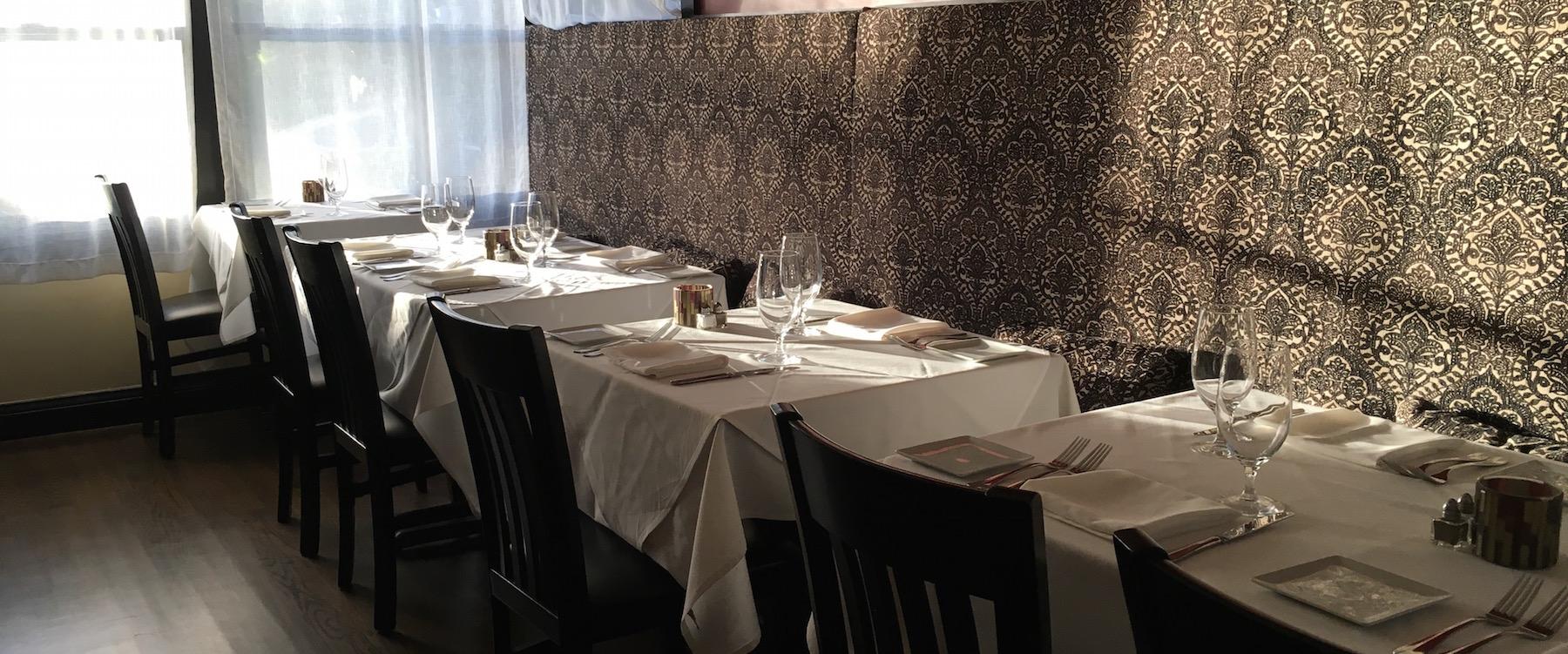 detente_dining_room_marthas_vineyard.jpg