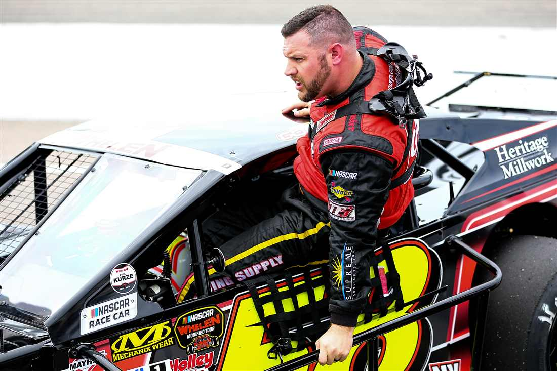 Eric Goodale NASCAR Whelen Modified Tour.jpg
