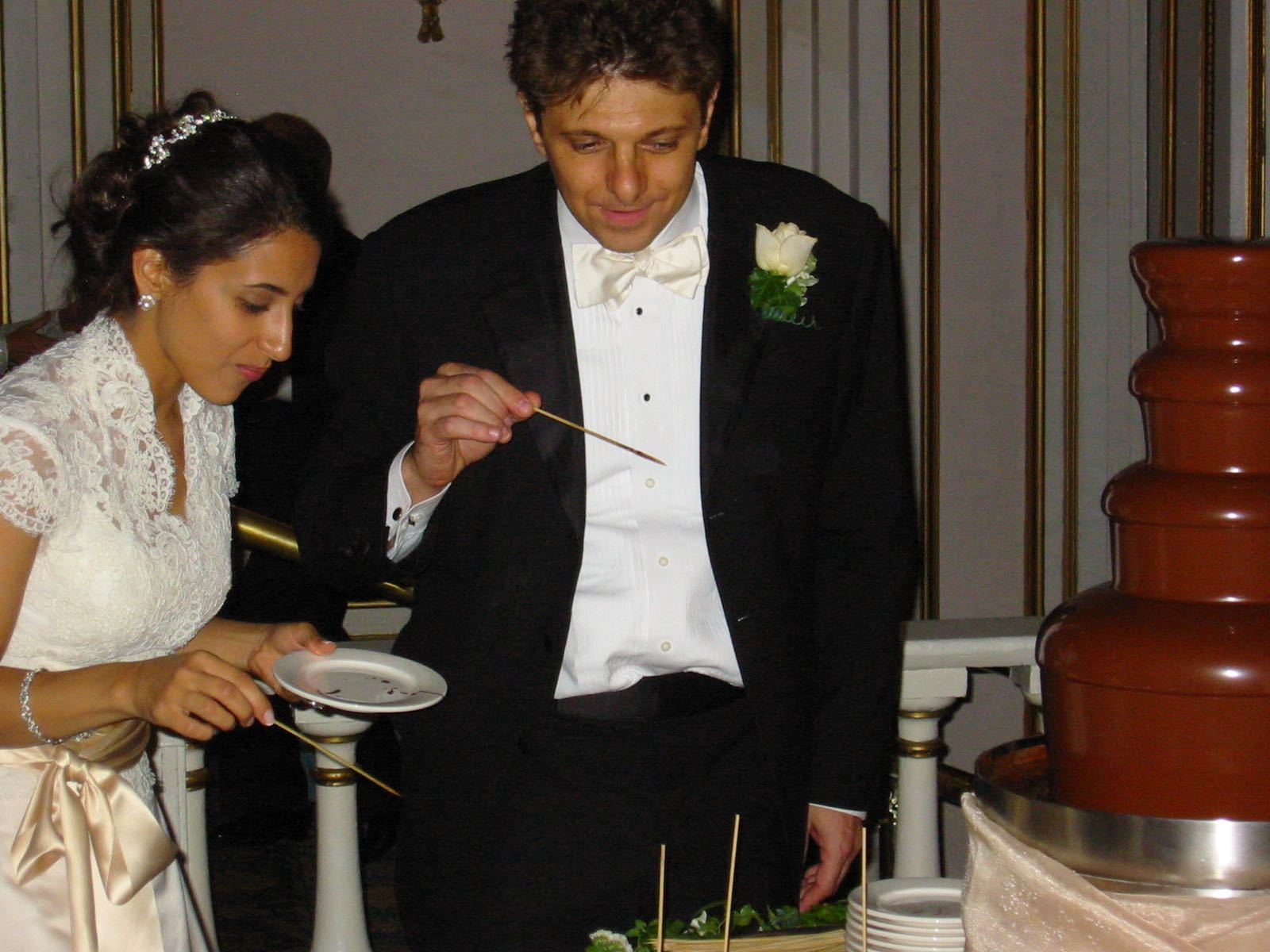 Bride & Groom Dipping.jpg
