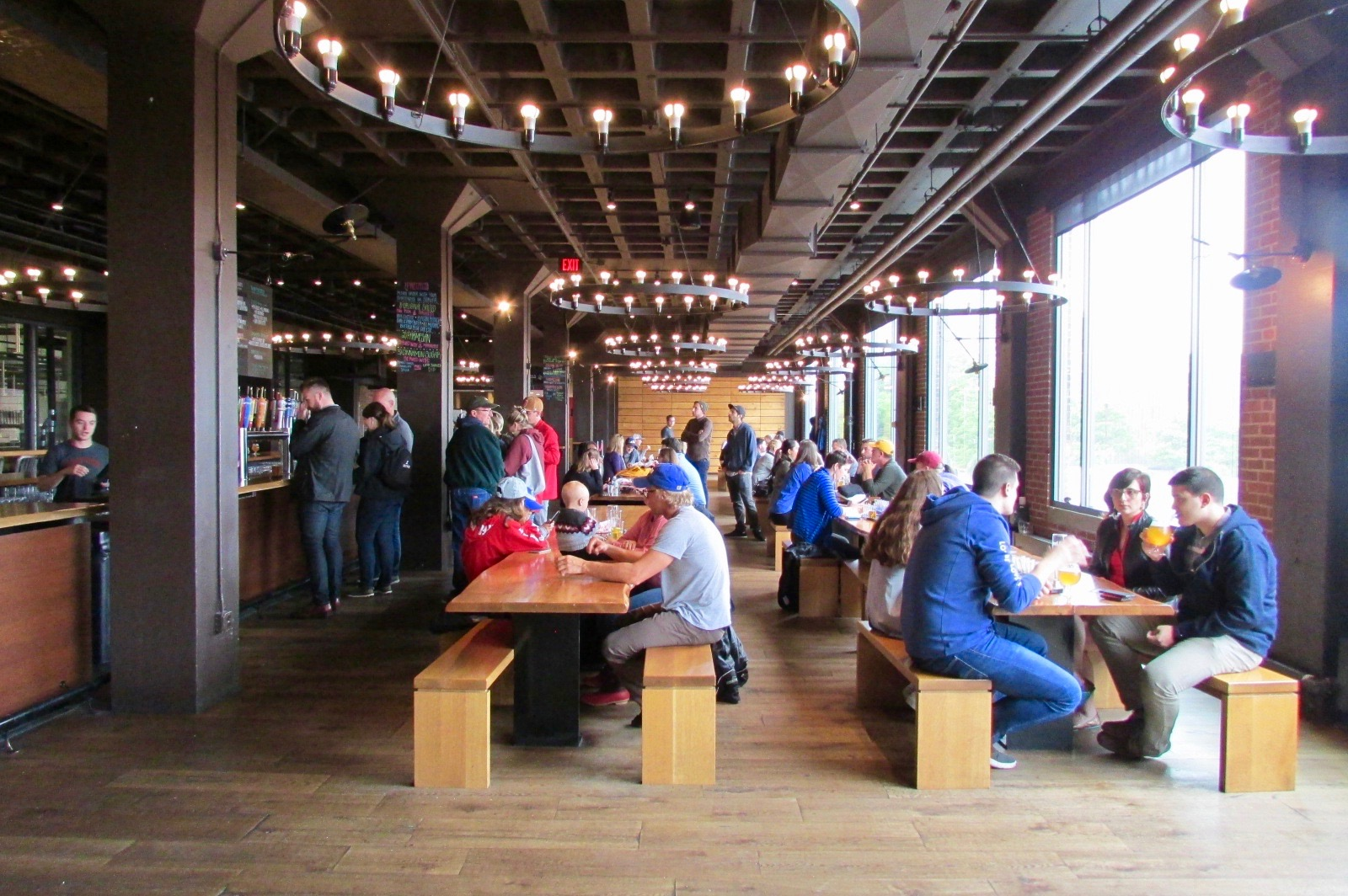 A Monday afternoon at Harpoon (By the way these people are all here to drink beer, may sound obviously, but seriously the only food Harpoon serves are soft pretzels and pretzel chips). The rest of the menu is on tap.
