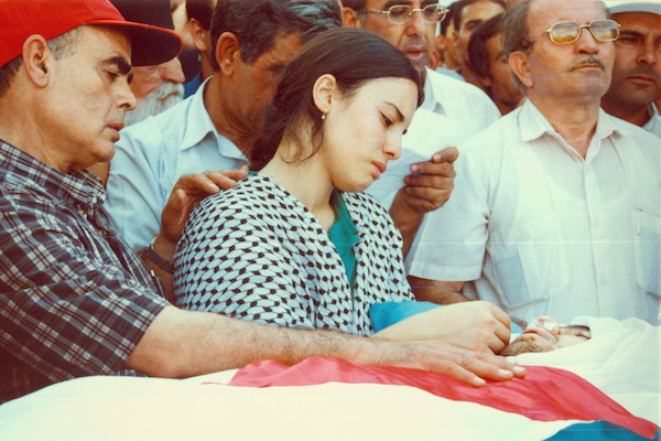 Nardeen at her brother's funeral in October 2000.