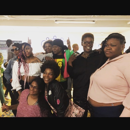 #dmvbailout #freeblackmamasdmv #freeblackmamas First Homecoming celebration this past Sunday . Here's a photo of folx who have been bailed out in the last three years. Thank you for donating + you can still plUg in via the link in bio