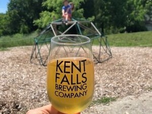 Kent Falls Brewing - A fab and kid friendly CT craft brewery on a working farm.
