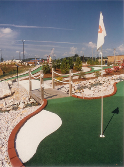 Mini Golf_6626479_orig.jpg
