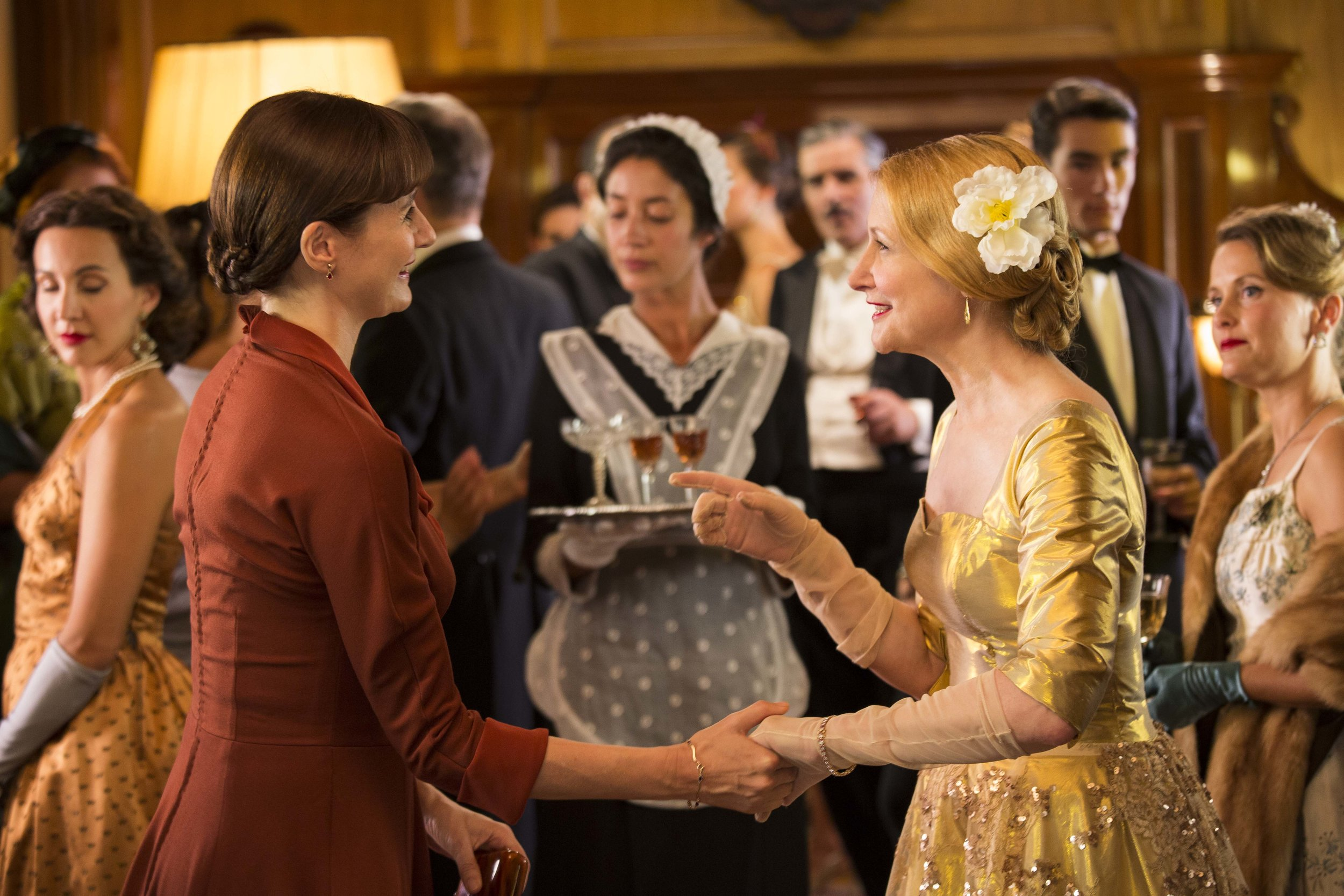 """Florence Green (Emily Mortimer, left), a bookseller just arrived in an East Anglia village, meets the town's grande dame, Mrs. Violet Gamart (Patricia Clarkson), in the English drama """"The Bookshop."""" (Photo courtesy Greenwich Entertainment)"""