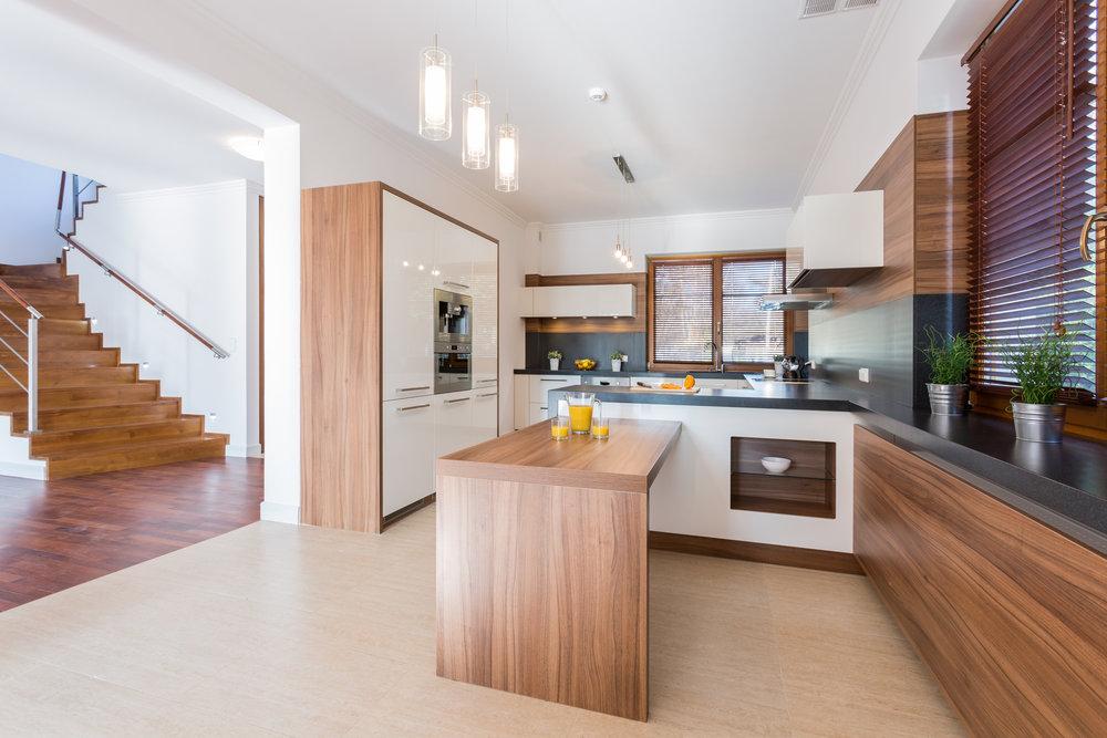 spacious-kitchen-PW5L8LN.jpg