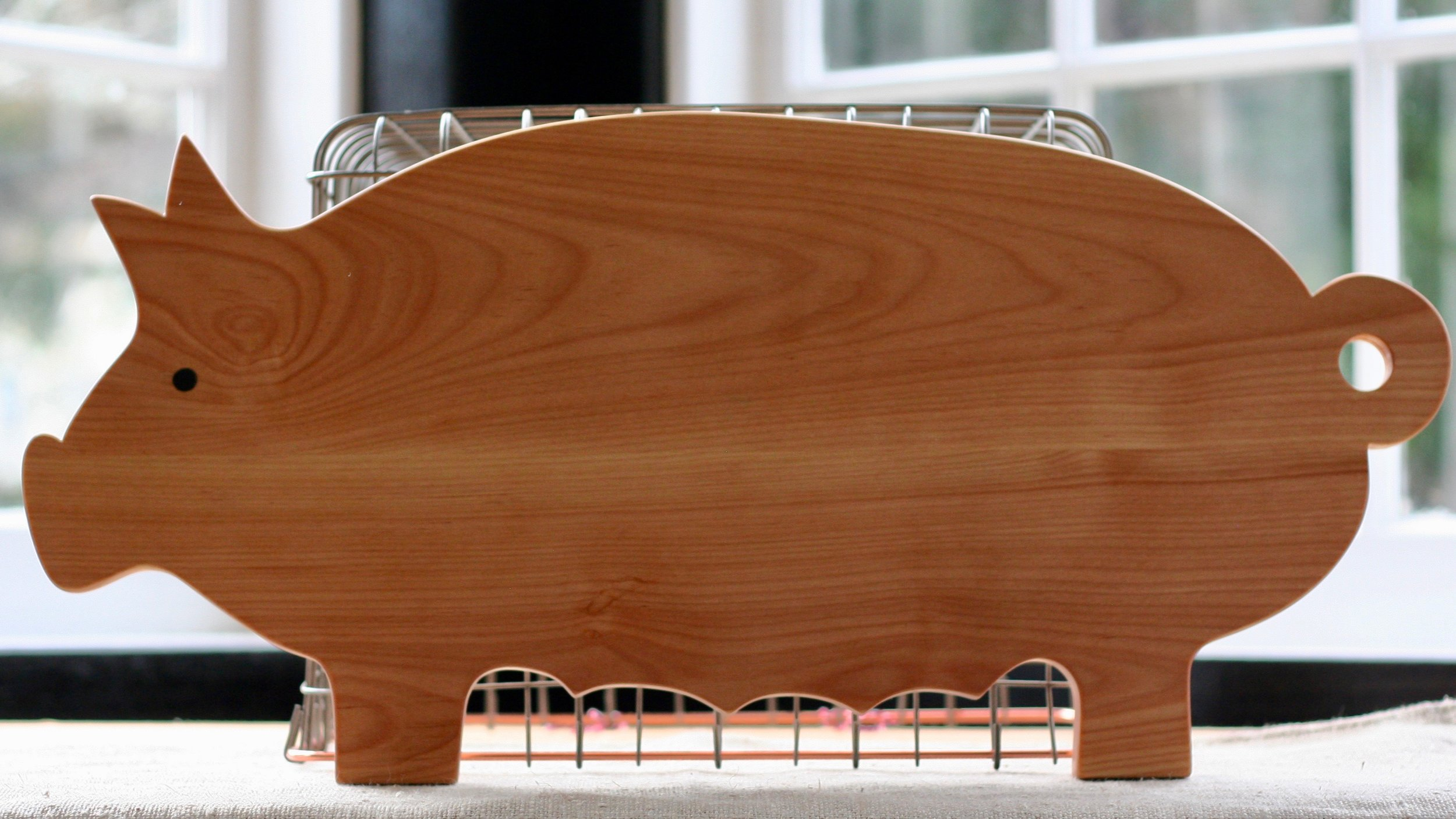 FVI Pig Cutting Board.jpeg