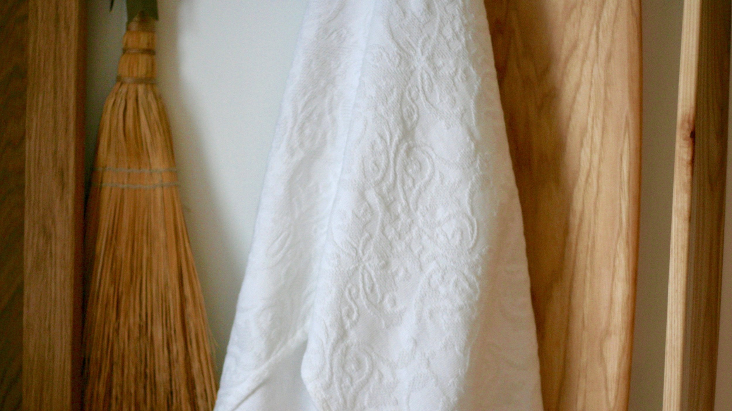 hanging white linen.jpeg