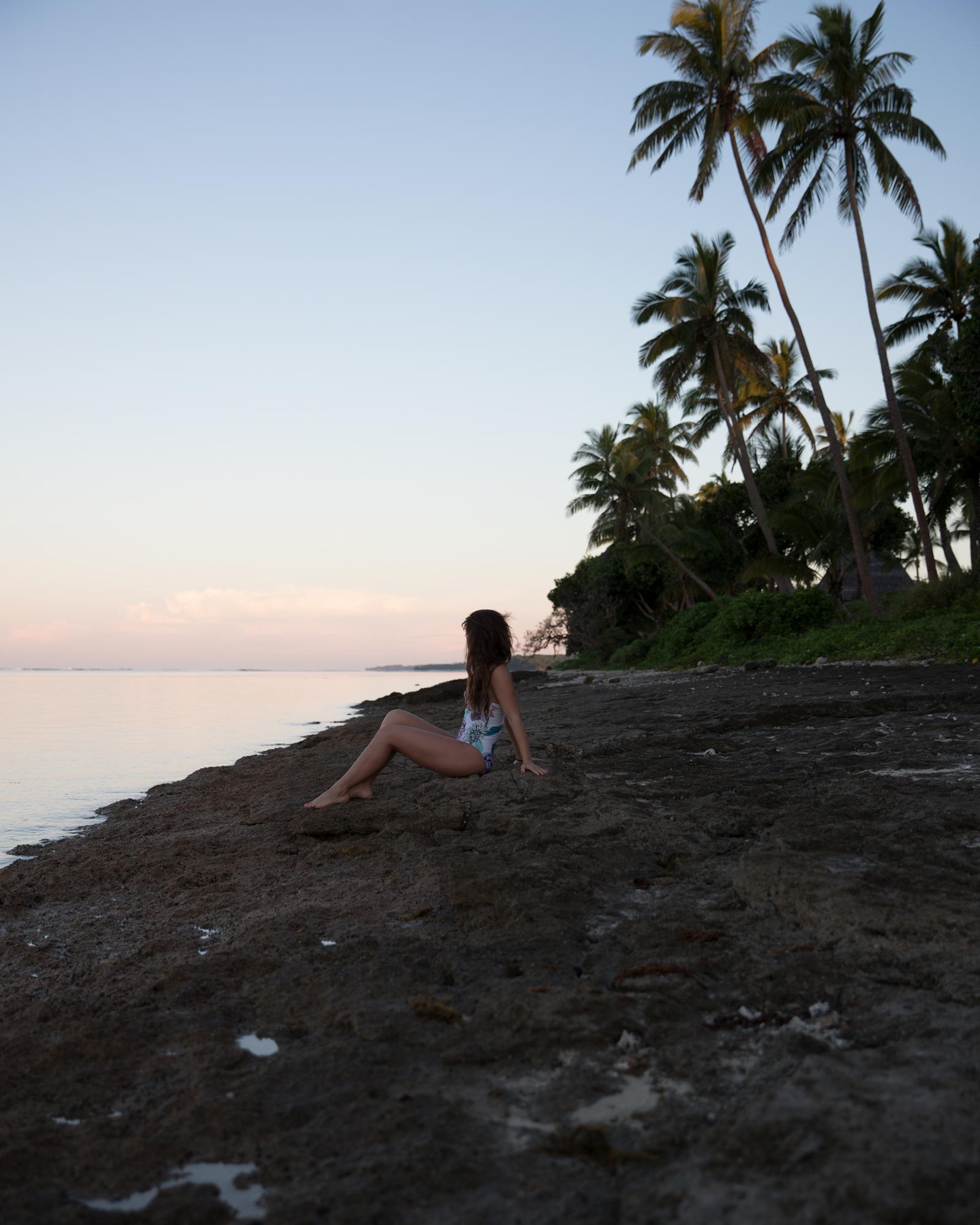 Away-Lands-Presets_Sunset-1-Before.jpg