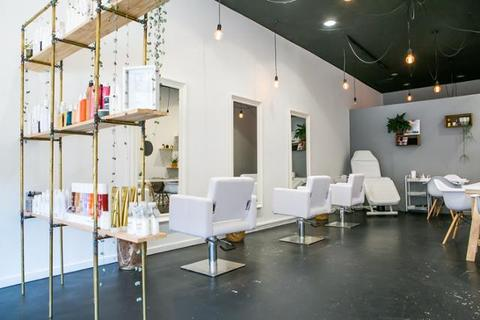 capelli-lunghi-hair-extensions-south-yarra-melbourne.jpg