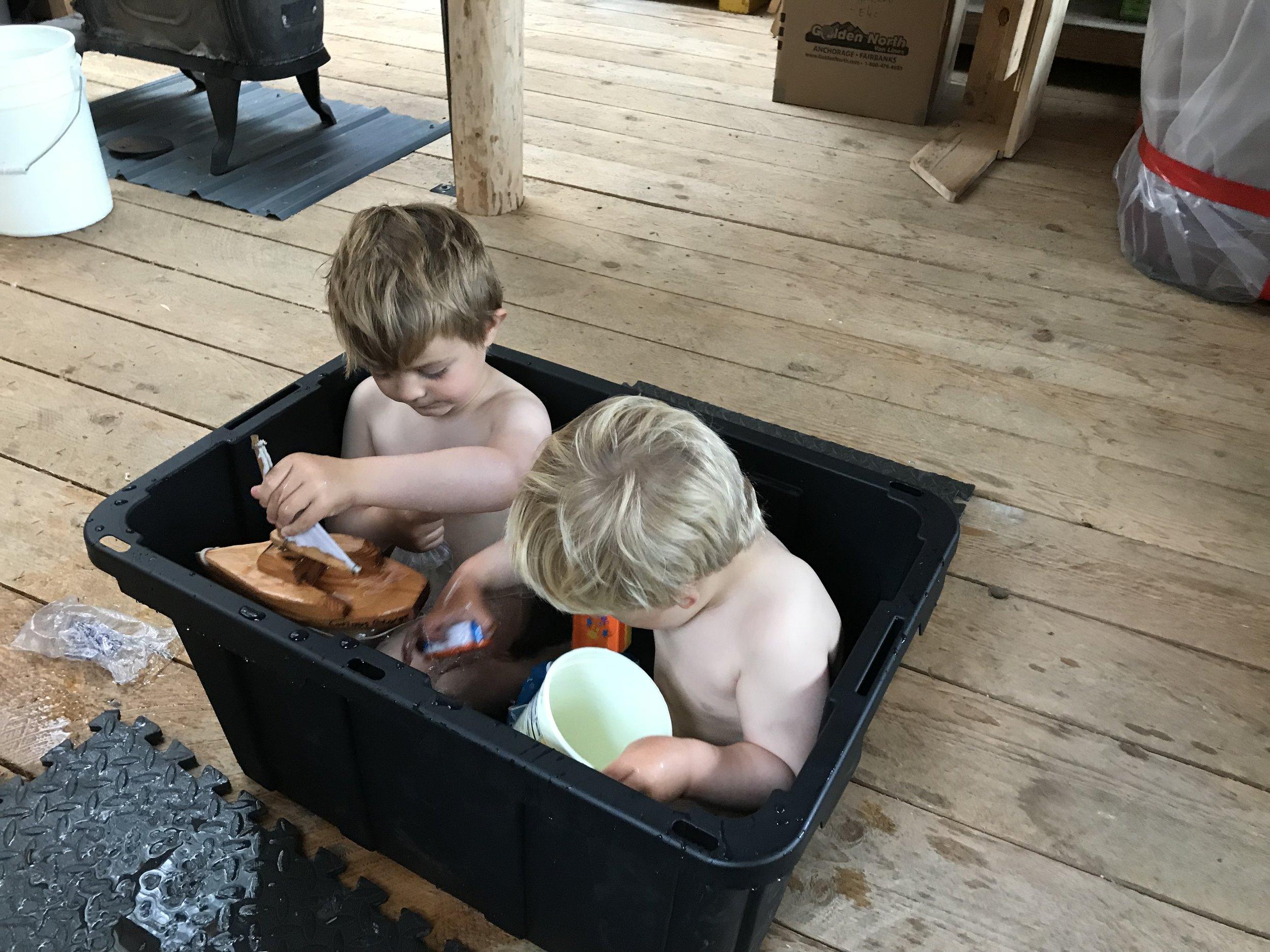 Workshop bath.