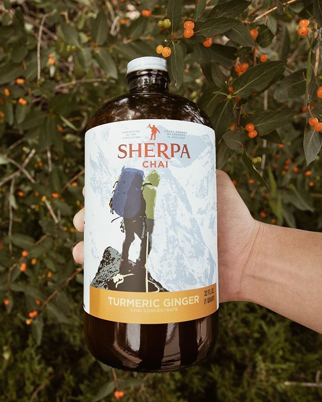 What's the best way to kick off the week? With Sherpa Chai of course! Click the link in our bio to order yours TODAY! 😀⠀ •⠀⠀⠀⠀⠀⠀⠀ •⠀⠀⠀⠀⠀⠀⠀ •⠀⠀⠀⠀⠀⠀⠀ #SherpaChai #LikeASherpa #Chai #ChaiLatte #Sherpa #Himalayas #ChaiTea #Camplife #Boulder #Mountaineering #Climbing #Mountainlove #cozyvibes #mountains #flatirons #chautauqua #spices #freshspices #spicychai #inspirational #allnatural #sweet #dirtychai #authentic #traditional #outdoor  #summer #week #MondayMood