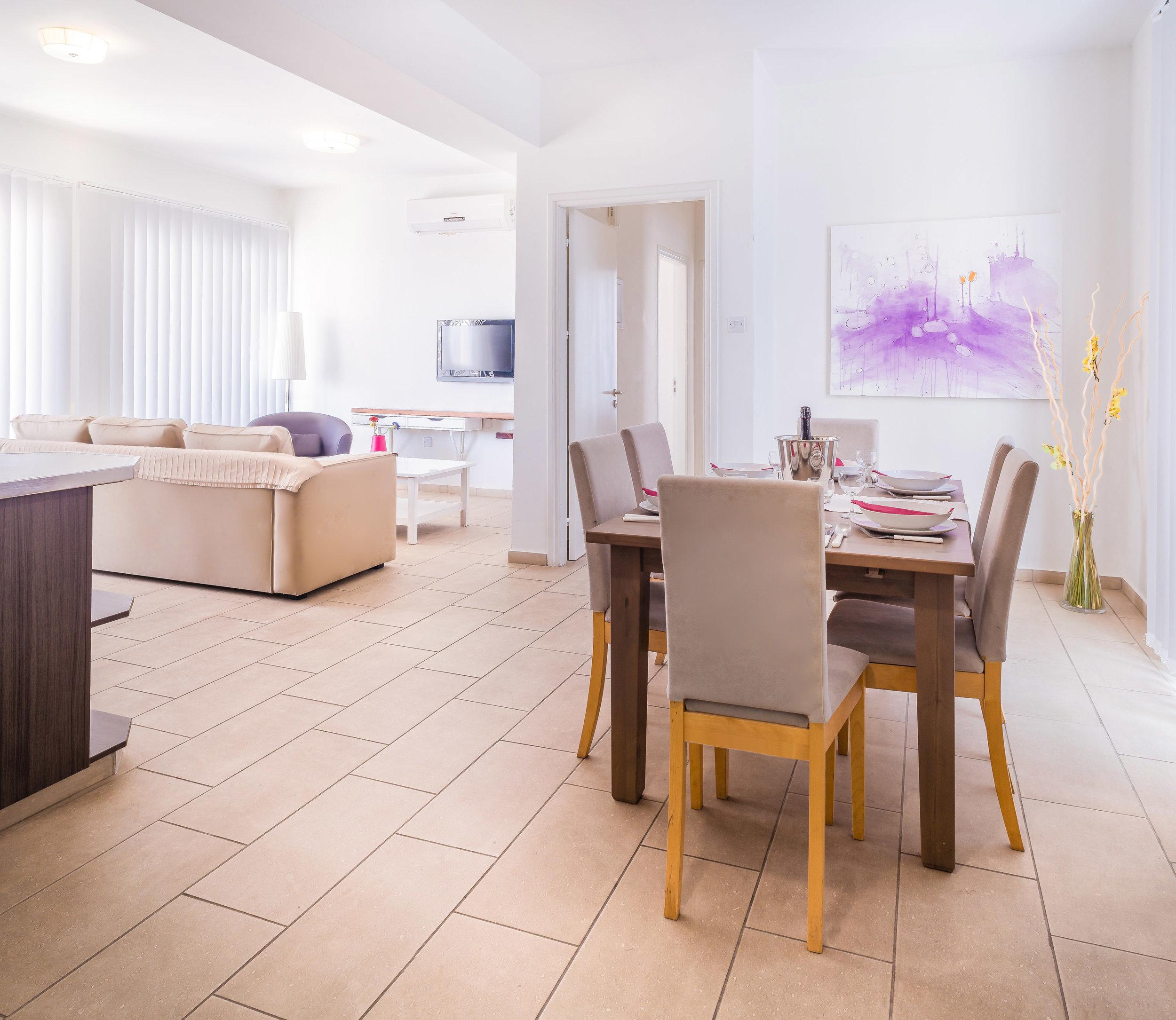 Livingroom_5.jpg