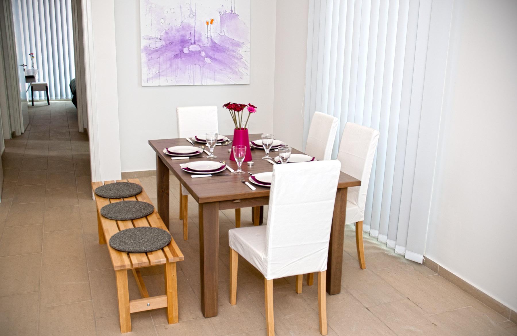 Livingroom_8.jpg