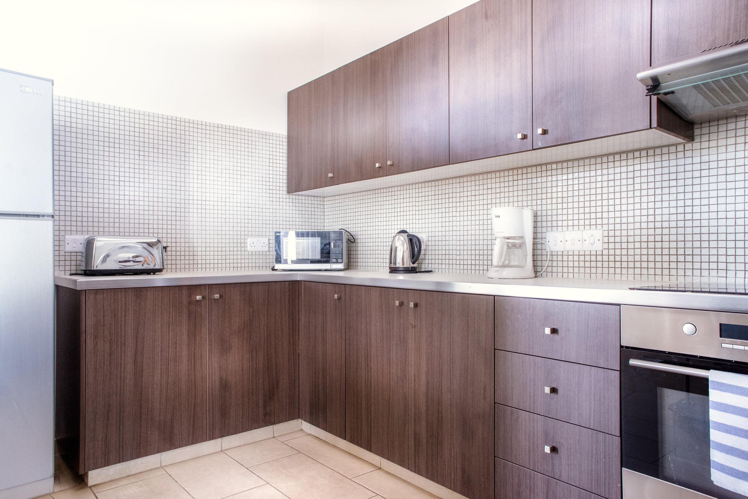 21_Kitchen.jpg