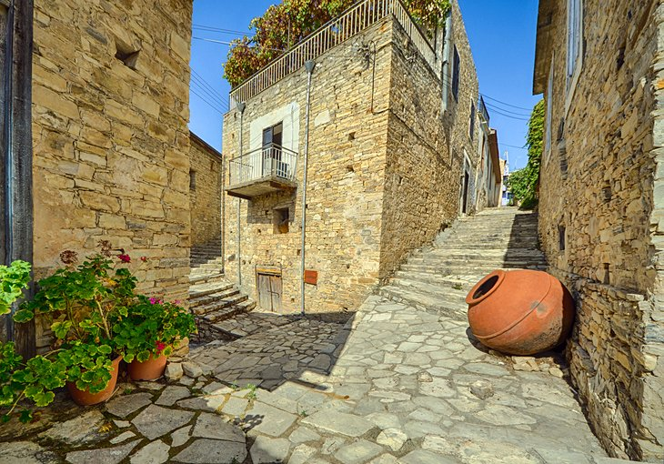 cyprus-larnaca-lefkara-street-scene.jpg
