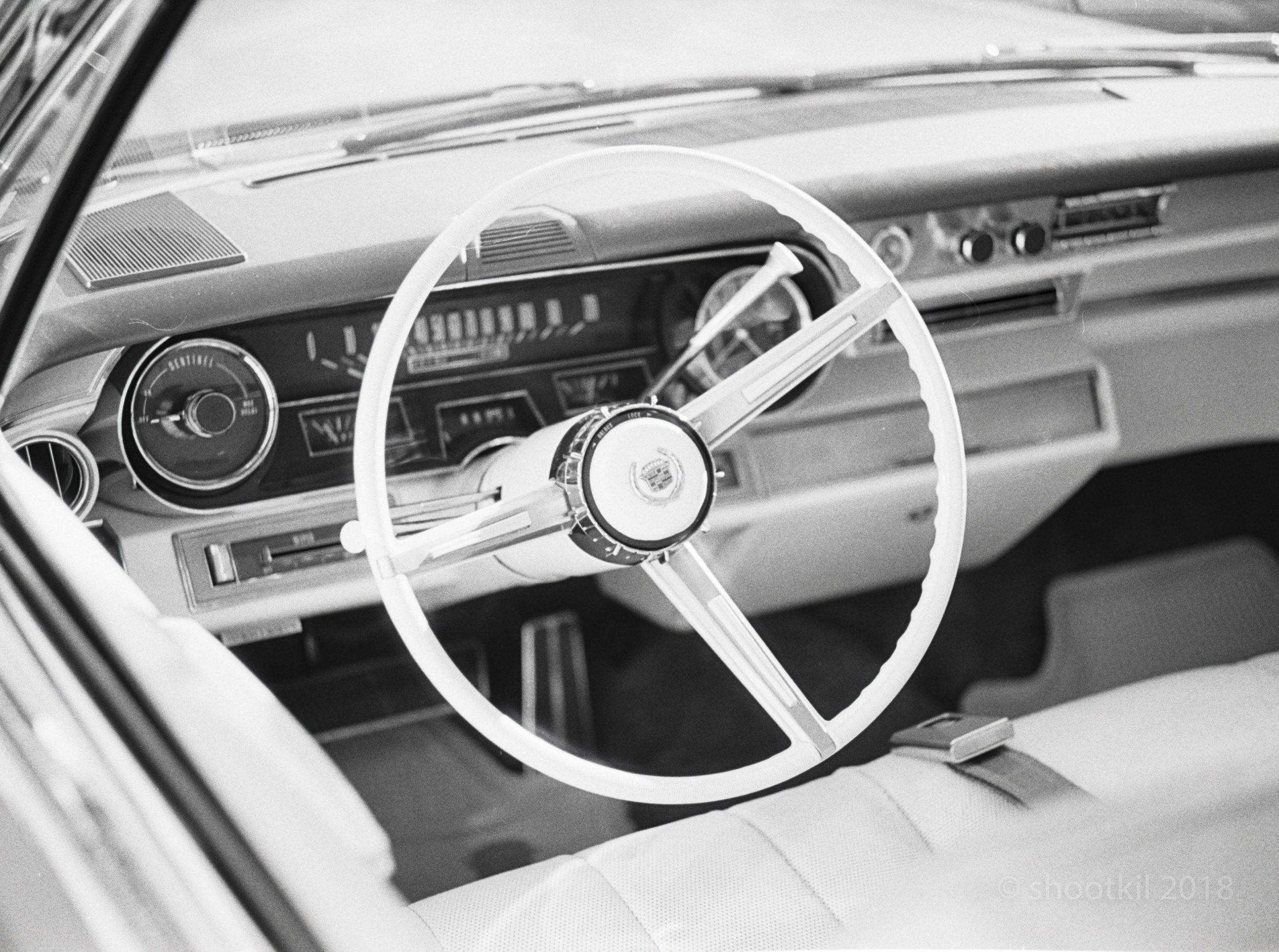 Cadillac_Steering_Wheel.jpg