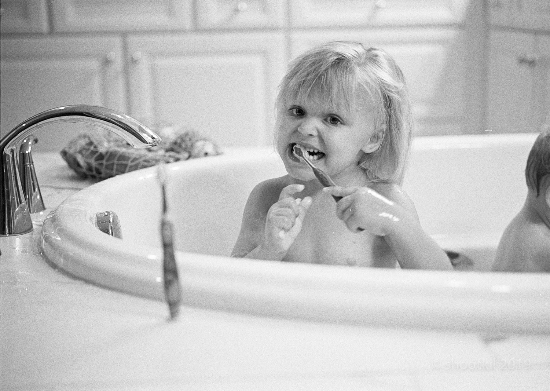 Chloe_Bath_Toothbrush.jpg