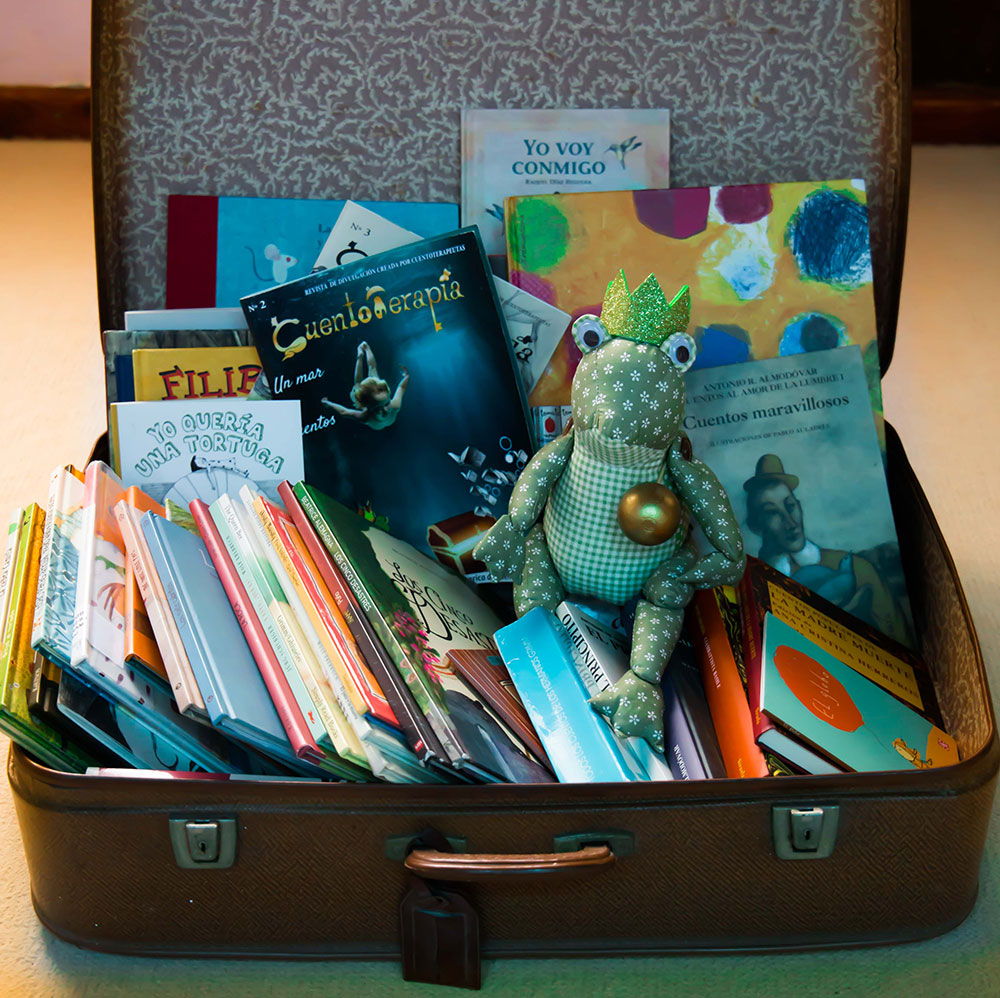 maleta-cuentos2.jpg