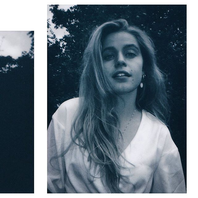 A preview of @sophienooij on a polaroid 📸 • • #film #analog #analogphotography #filmisnotdead #art #photography #thednalife #artofvisuals #ig_masterpiece #jaw_dropping_shots  #agameoftones #special_shots  #polaroid #instantfilm  #portrait #portraitpage  #photographyislifee #analogueportrait #justgoshoot  #moodyports #art  #photography  #featuremeofh #featurepalette #dbchallenge #lensculture #beatrixpark @analogueportrait