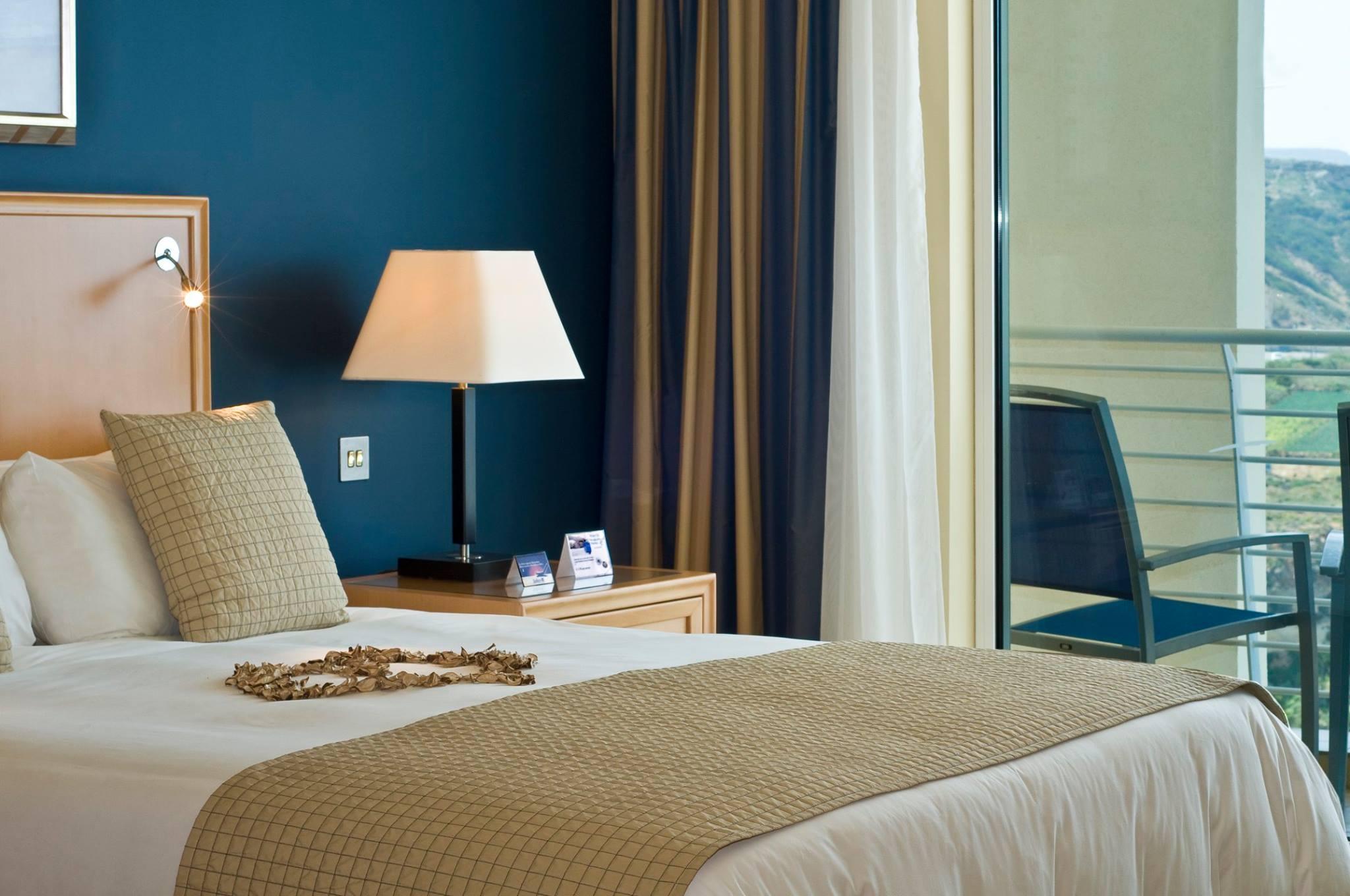 16.Rooms&Suites.jpg