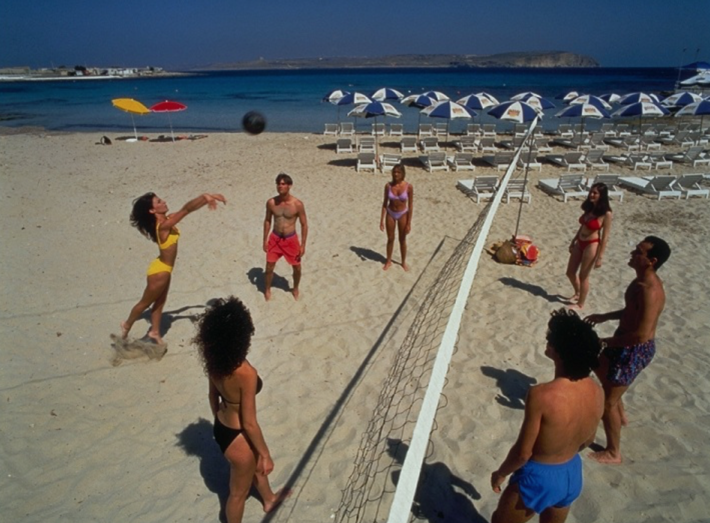 Beach Volleyball - Group Activity