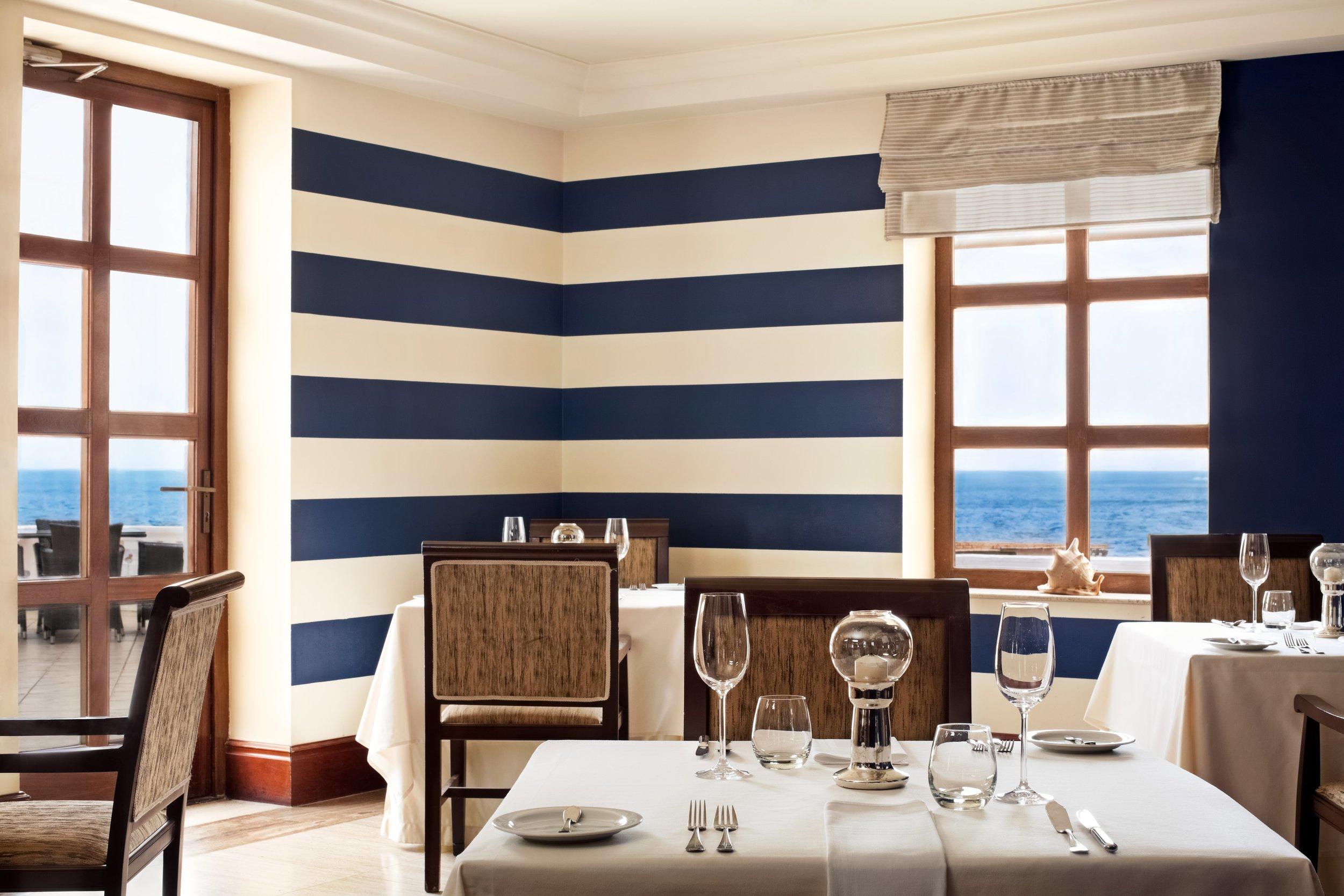 Quadro Restaurant.jpg
